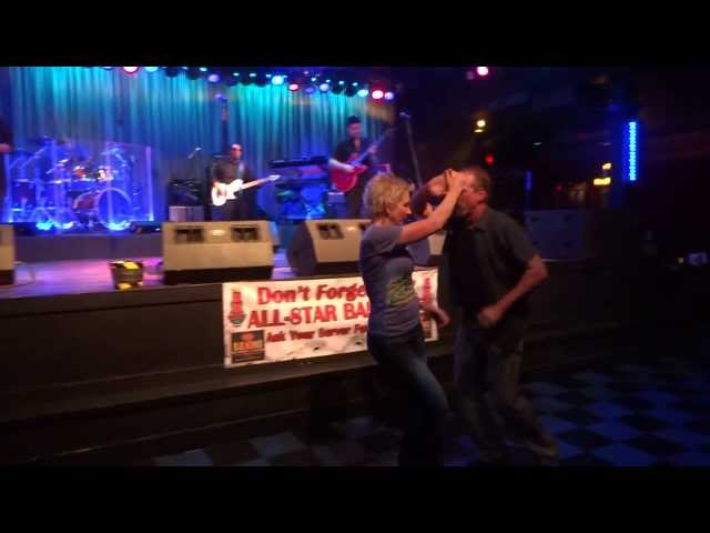 Mike & Kim Dancing in Orlando's BB King's