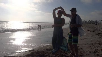 Mike & Kim doing their Bounce in California